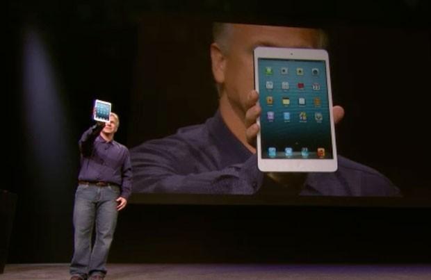 Philip Schille apresenta o iPad Mini, de 7,9 polegadas