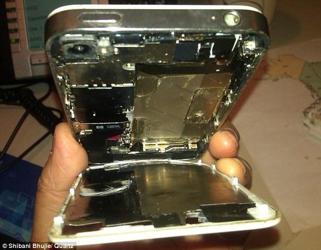 Bateria do iPhone 4S derrete